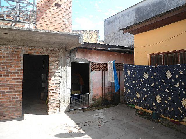 Mapi Imóveis - Casa 2 Dorm, Santos Dumont (138360) - Foto 2