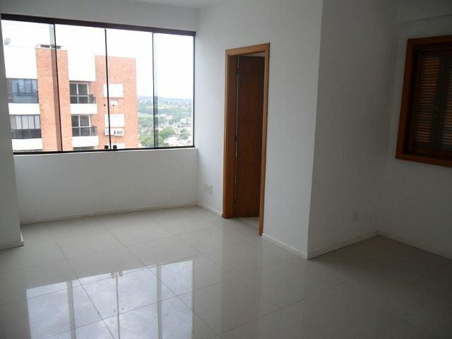 Mapi Imóveis - Casa 3 Dorm, Boa Vista (45335)