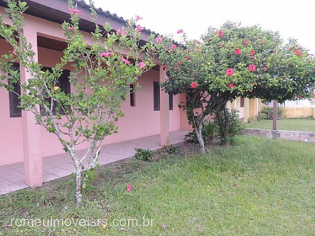 Imóvel: Romeu Imóveis - Casa 3 Dorm, Salinas, Cidreira