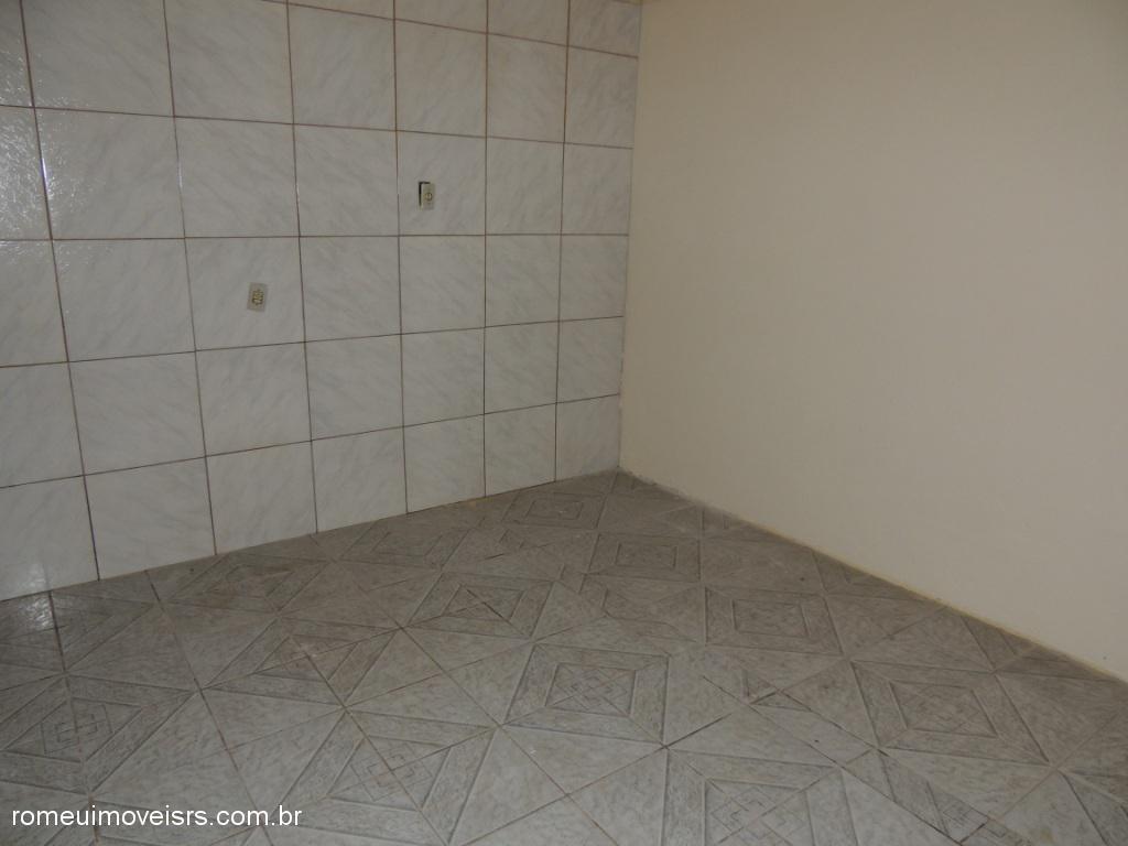 Romeu Imóveis - Casa 3 Dorm, Parque dos Pinus - Foto 8