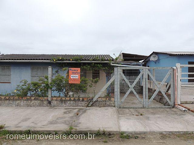 Romeu Imóveis - Casa 2 Dorm, Centro, Cidreira
