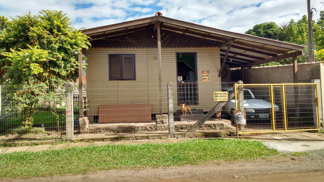 Casa 4 Dorm, Floresta, Nova Santa Rita (120800)