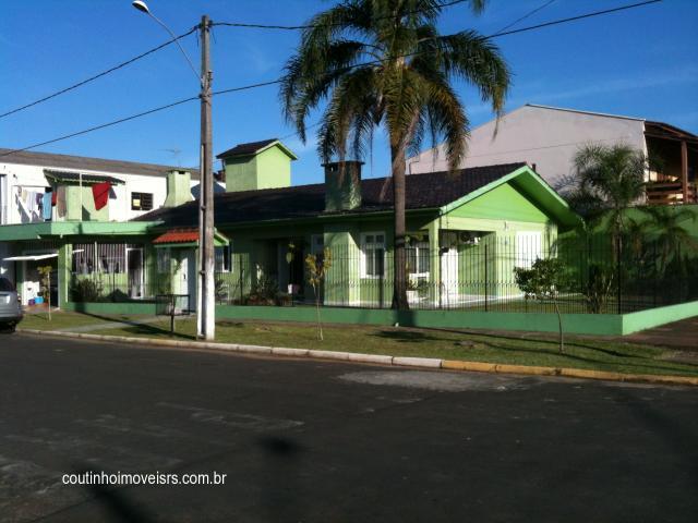 Imóvel: Coutinho Imóveis - Casa 2 Dorm, Centenário