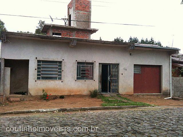 Coutinho Imóveis - Casa 2 Dorm, Oeste, Sapiranga