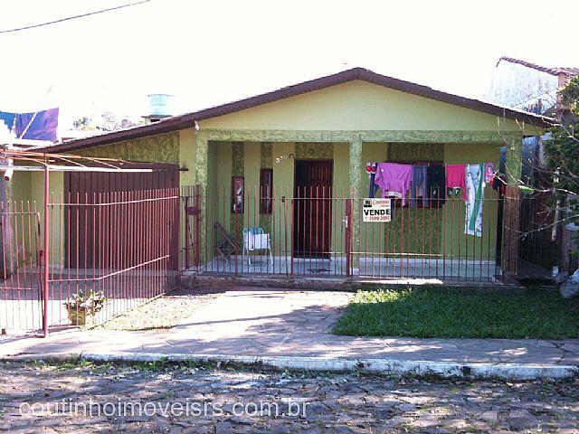 Coutinho Imóveis - Casa 3 Dorm, Vila Irma (105589)