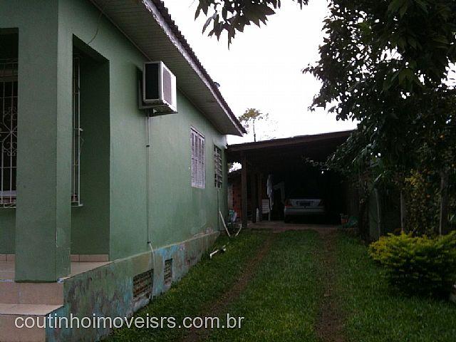 Coutinho Imóveis - Casa 3 Dorm, Amaral Ribeiro - Foto 3