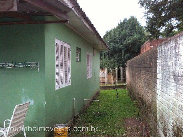 Coutinho Imóveis - Casa 3 Dorm, Amaral Ribeiro - Foto 5