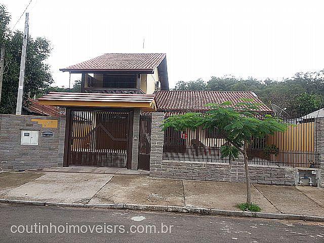 Coutinho Imóveis - Casa 3 Dorm, Metzler, Campo Bom