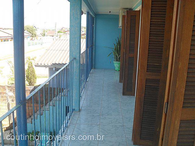 Imóvel: Coutinho Imóveis - Casa 3 Dorm, São Luiz (169648)