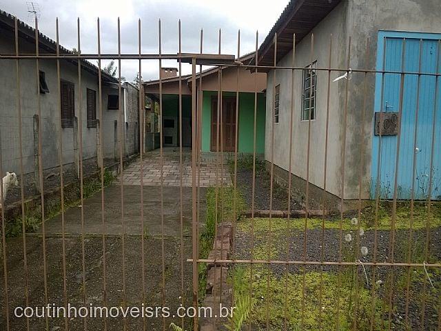 Coutinho Imóveis - Casa 3 Dorm, São Luiz (283990)