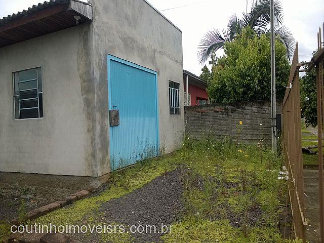Coutinho Imóveis - Casa 3 Dorm, São Luiz (283990) - Foto 2