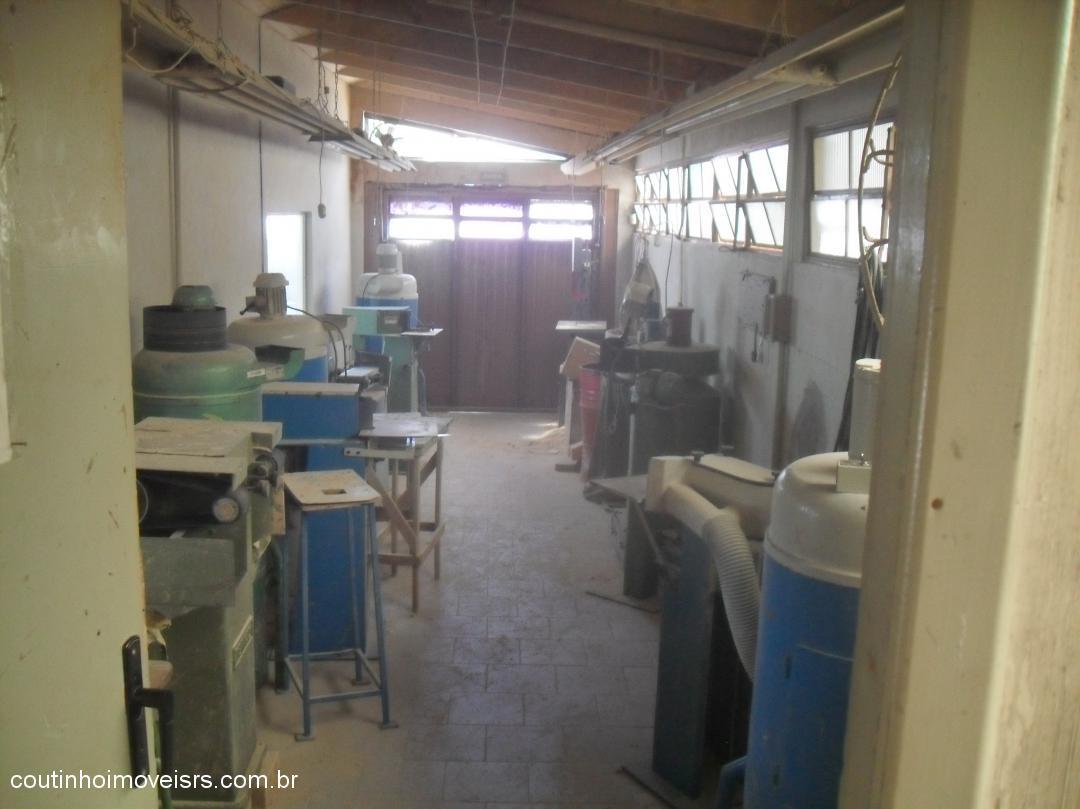 Coutinho Imóveis - Casa 2 Dorm, Canudos (310536) - Foto 8
