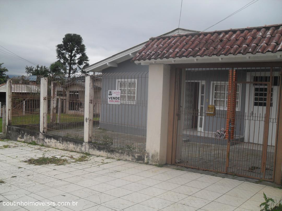Coutinho Imóveis - Casa 3 Dorm, Laranjeira, Parobe - Foto 2