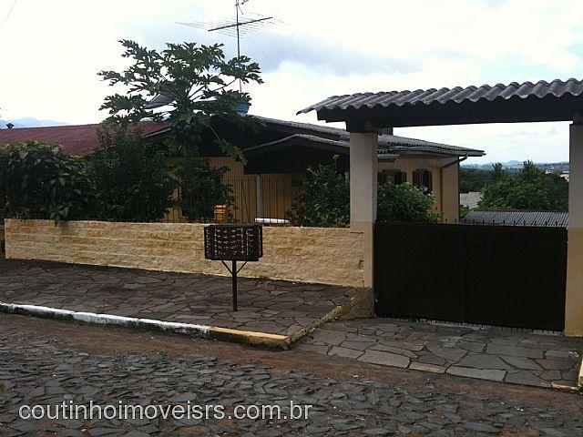 Imóvel: Coutinho Imóveis - Casa 2 Dorm, Novo Centenário