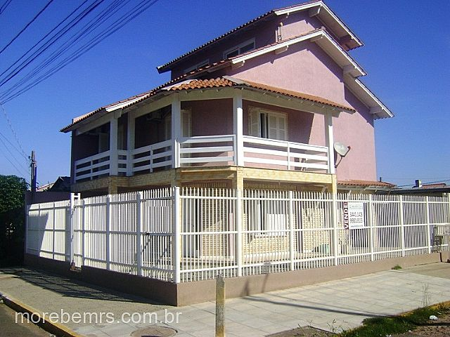 More Bem Imóveis - Casa 3 Dorm, Parque da Matriz