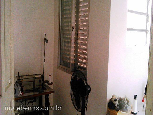 More Bem Imóveis - Casa 3 Dorm, Vila Regina - Foto 9