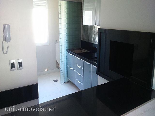 Unika Imóveis - Casa 3 Dorm, Moinhos de Vento I - Foto 3