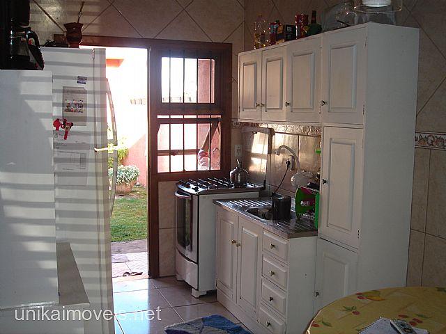 Unika Imóveis - Casa 3 Dorm, Ozanan, Canoas - Foto 10