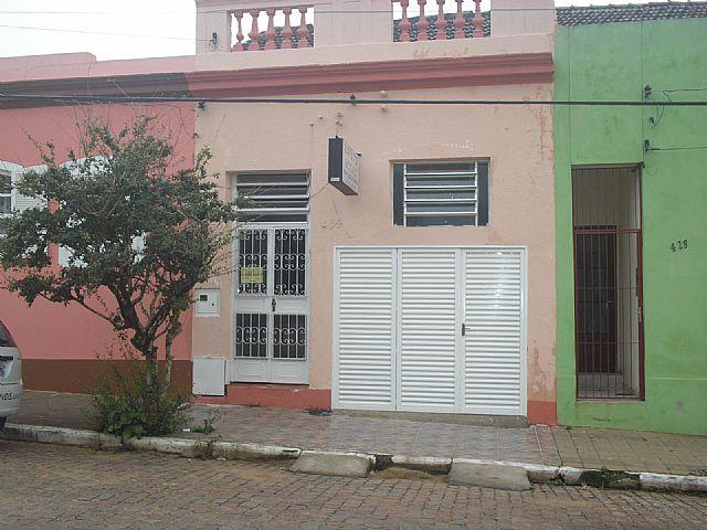 Casa 2 Dorm, Centro, Cachoeira do Sul (29935)