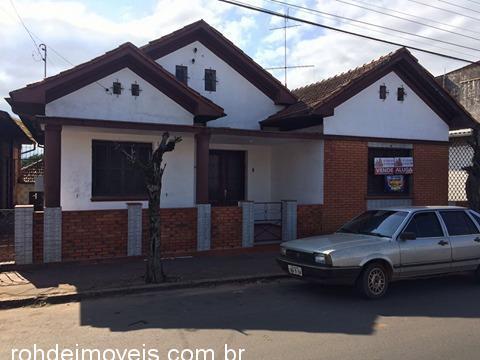 Rohde Imóveis - Casa 4 Dorm, Medianeira (353403) - Foto 2