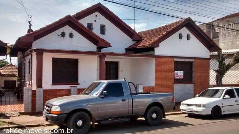 Rohde Imóveis - Casa 4 Dorm, Medianeira (353403)