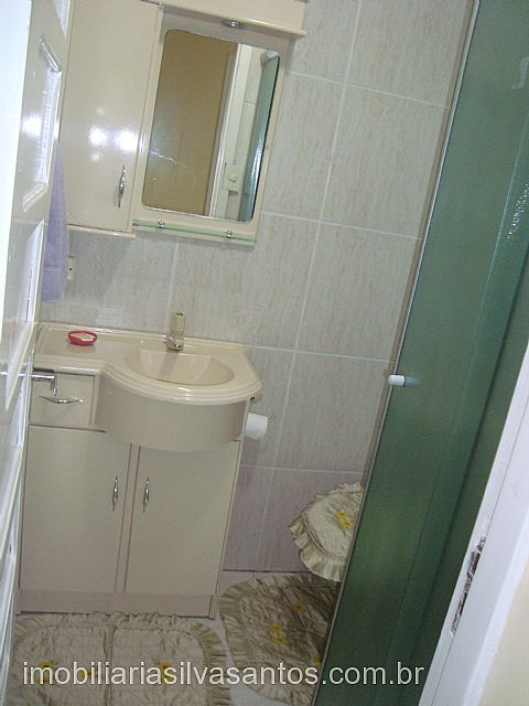 Imobiliária Silva Santos - Casa 1 Dorm, Centro - Foto 4