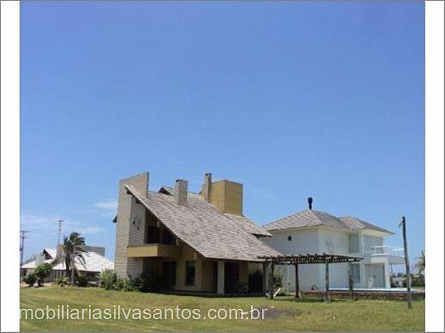 Imobiliária Silva Santos - Casa 4 Dorm, Centro