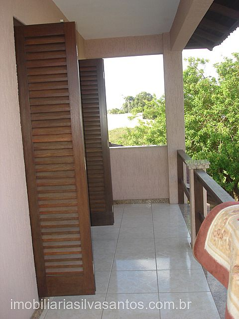 Imobiliária Silva Santos - Casa 3 Dorm, Araçá - Foto 8