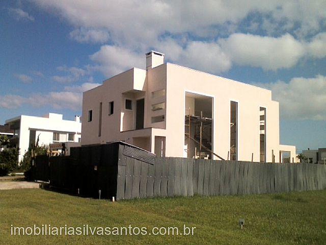 Imobiliária Silva Santos - Casa 4 Dorm, Ventura