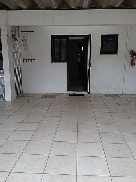 Imobiliária Silva Santos - Casa 2 Dorm, Zona Nova - Foto 3