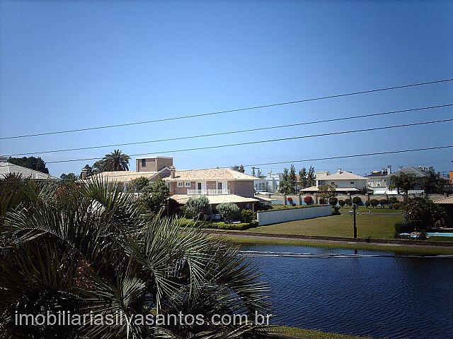 Imobiliária Silva Santos - Casa 4 Dorm, Ilhas Park - Foto 2