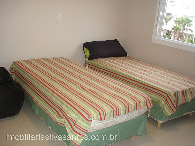 Imobiliária Silva Santos - Casa 4 Dorm, La Plage - Foto 9