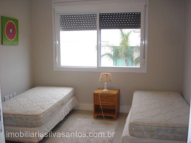 Imobiliária Silva Santos - Casa 4 Dorm, La Plage - Foto 6