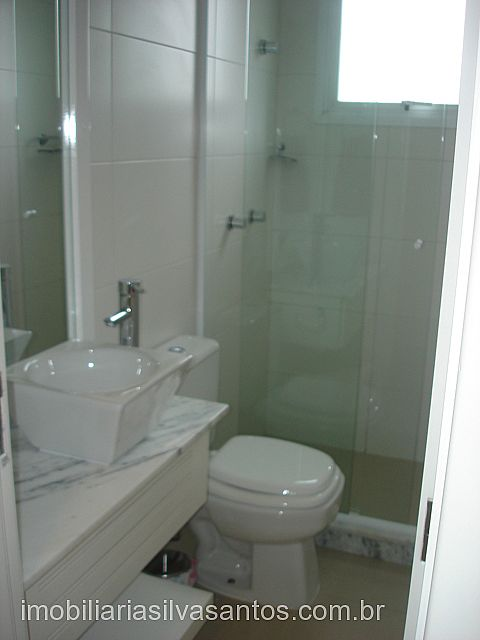 Imobiliária Silva Santos - Casa 4 Dorm, La Plage - Foto 2