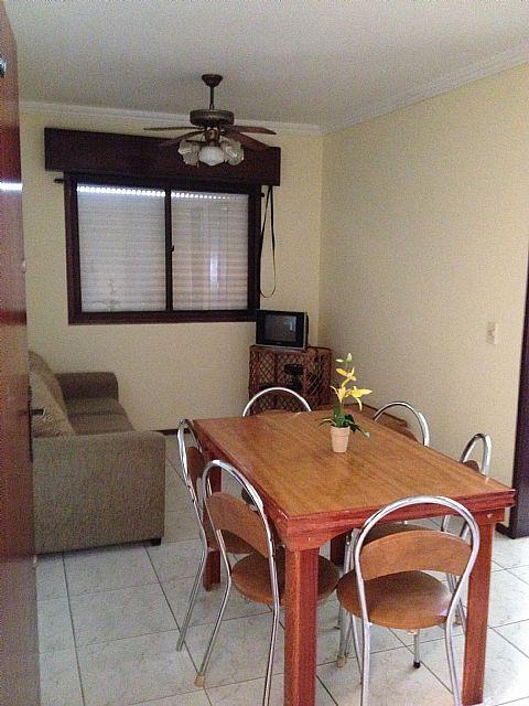 Imobiliária Silva Santos - Apto 1 Dorm, Zona Nova
