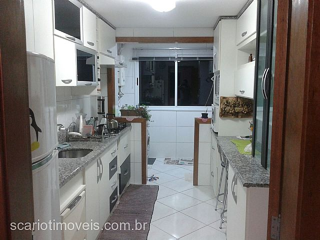 Apto 2 Dorm, Panazzolo, Caxias do Sul (288104)