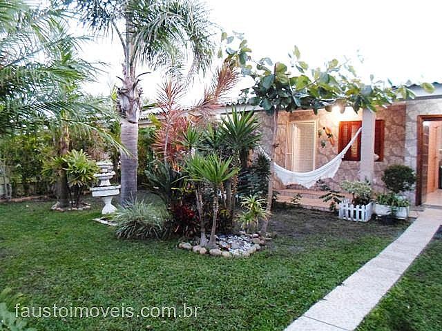 Fausto Imóveis - Casa 2 Dorm, Costa do Sol