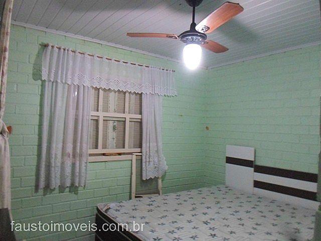 Fausto Imóveis - Casa 2 Dorm, Costa do Sol - Foto 6