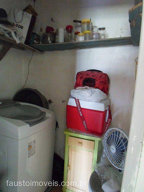 Fausto Imóveis - Casa 2 Dorm, Ildo Meneguetti - Foto 10