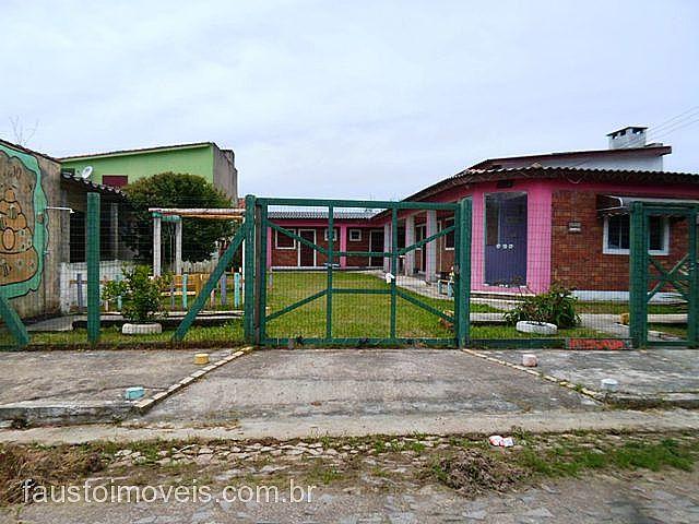 Fausto Imóveis - Casa 4 Dorm, Centro, Pinhal