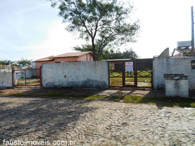 Fausto Imóveis - Casa 2 Dorm, Centro (312523)