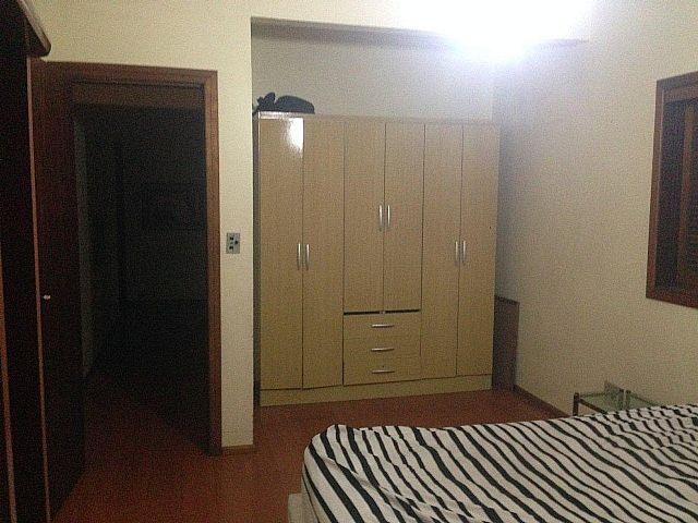Imobiliária Lottici - Casa 5 Dorm, Canoas (220033) - Foto 9