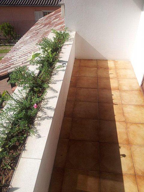Imobiliária Lottici - Casa 4 Dorm, Canoas (242873) - Foto 3