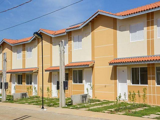 Im�vel: Imobili�ria Lottici - Casa 2 Dorm, Igara, Canoas