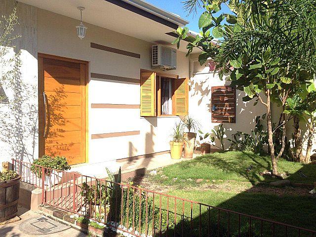 Imobiliária Lottici - Casa 4 Dorm, Canoas (259795)