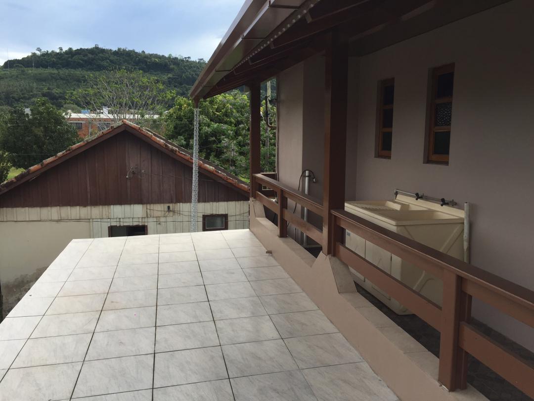Rosângela Imóveis - Casa 3 Dorm, Centenário - Foto 4