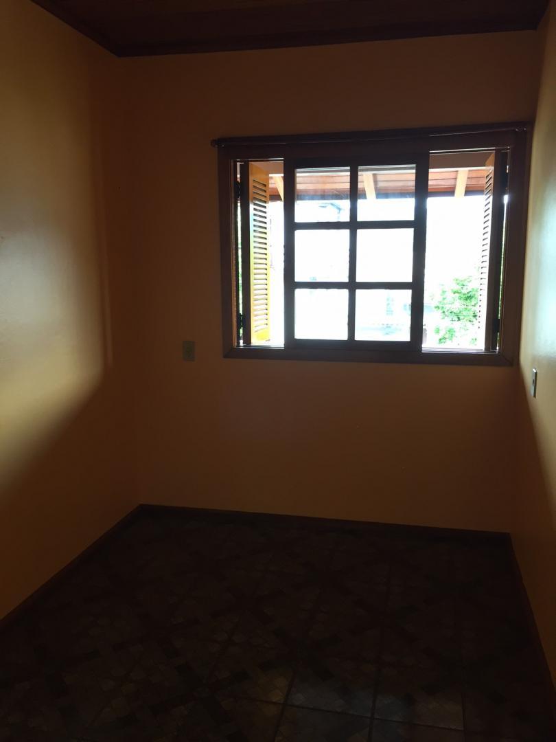 Rosângela Imóveis - Casa 3 Dorm, Centenário - Foto 10