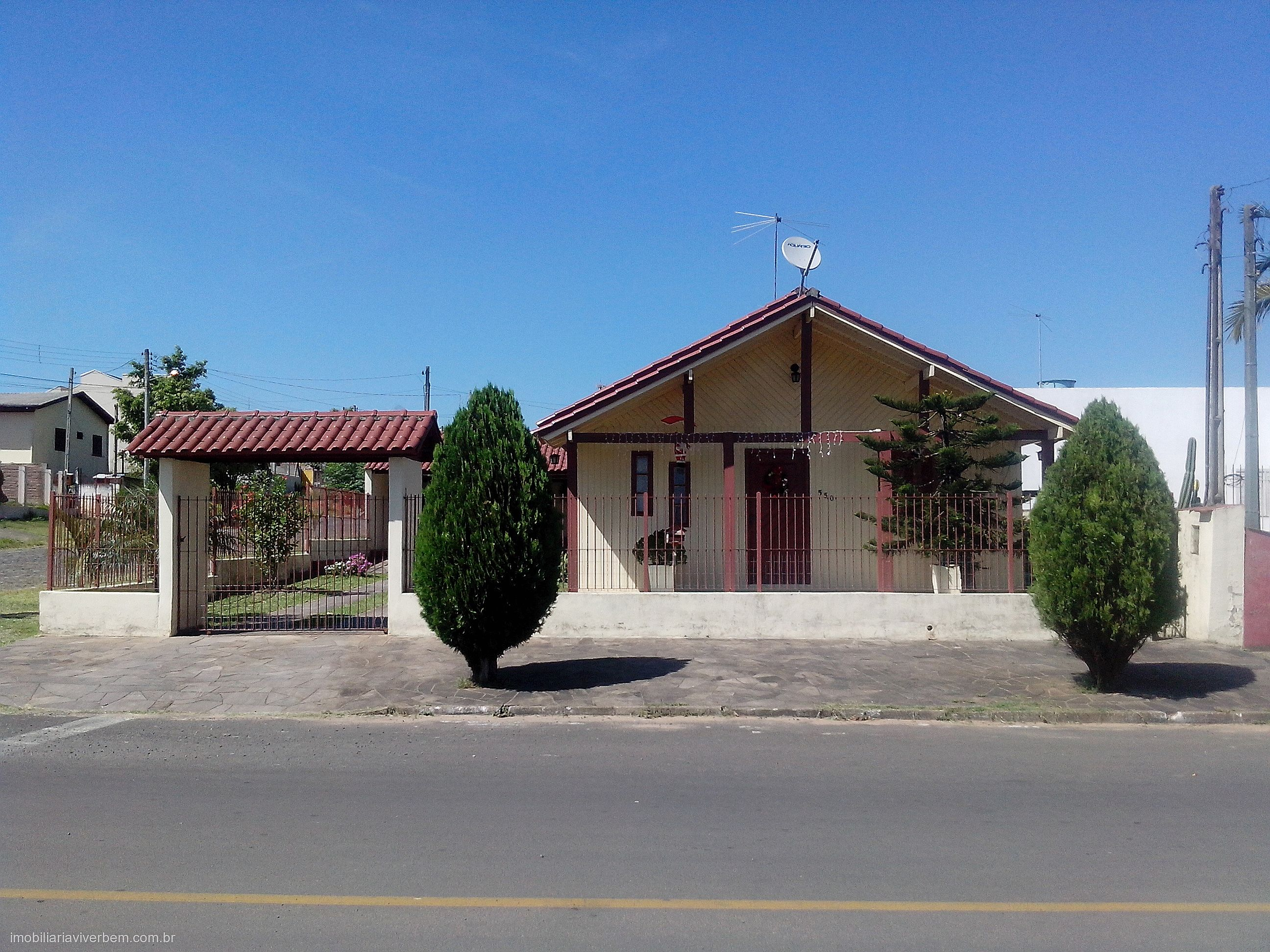 Viver Bem Imóveis - Casa 3 Dorm, Centro, Portão