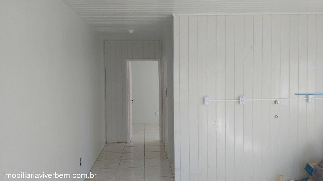 Viver Bem Imóveis - Casa 1 Dorm, Estação Portão - Foto 2