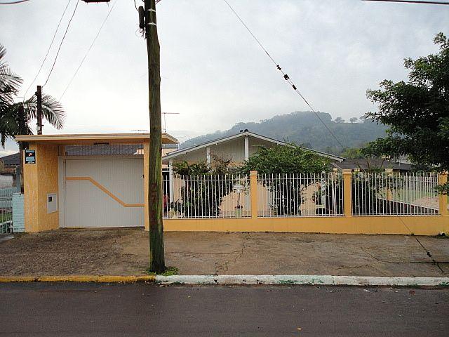 Imóvel: Central de Imóveis - Casa 3 Dorm, Floresta (370)